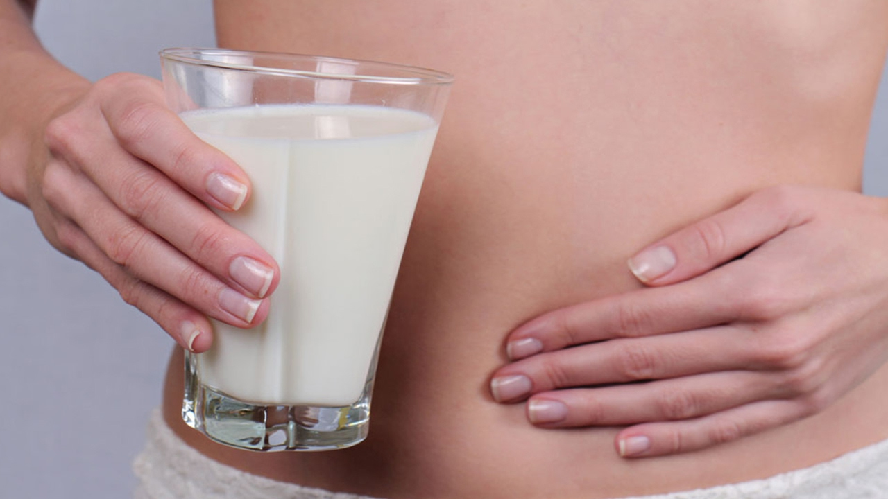9 Common Lactose Intolerance Signs and Symptoms All Health Post Provides 9 Most Common Signs and Symptoms of Lactose Intolerance. Read Signs and Symptoms of Lactose Intolerance.