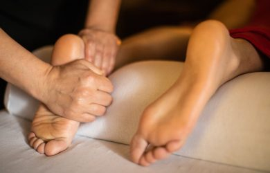 Benefits of Foot and Calf Massage - A Definitive Guide